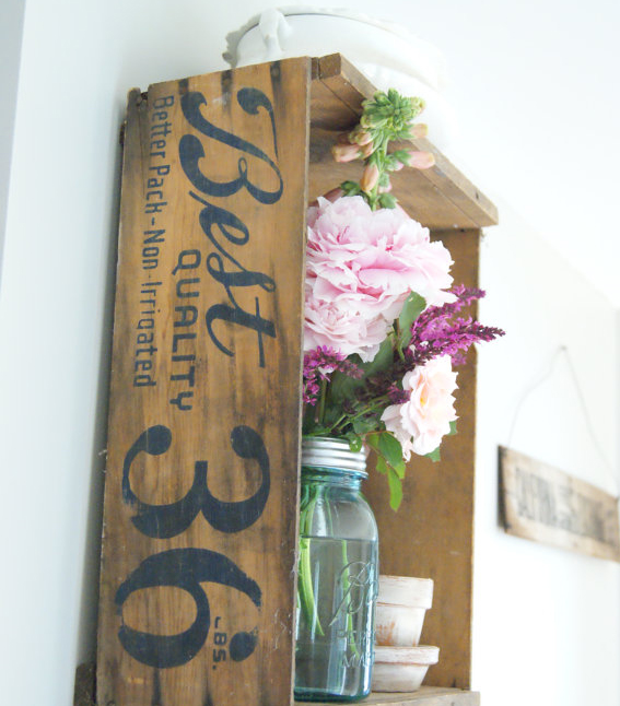 50 Farmhouse Style Gift Ideas From Etsy: This Week's Etsy Crush : Vintage Mason Jars