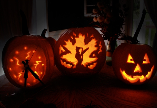 halloween-pumpkins-carving-pumpkin-clock